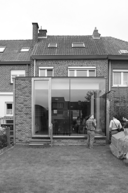 copyright Lezze architecten