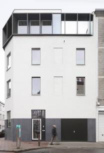 004 VESPA Veldstraat A'pen